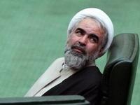 مصباحی مقدم جایگاهی ندارد که بگوید با آیت الله مصباح مشورت نمی کند / اگر اصولگرایان چیزی هم دارند به خاطر احمدی نژاد است؛ اینها سابقه ای از خدمت ندارند و مهم نیستند / احمدی نژاد بالاخره تسلیم می شود و وارد کارزار انتخابات می شود