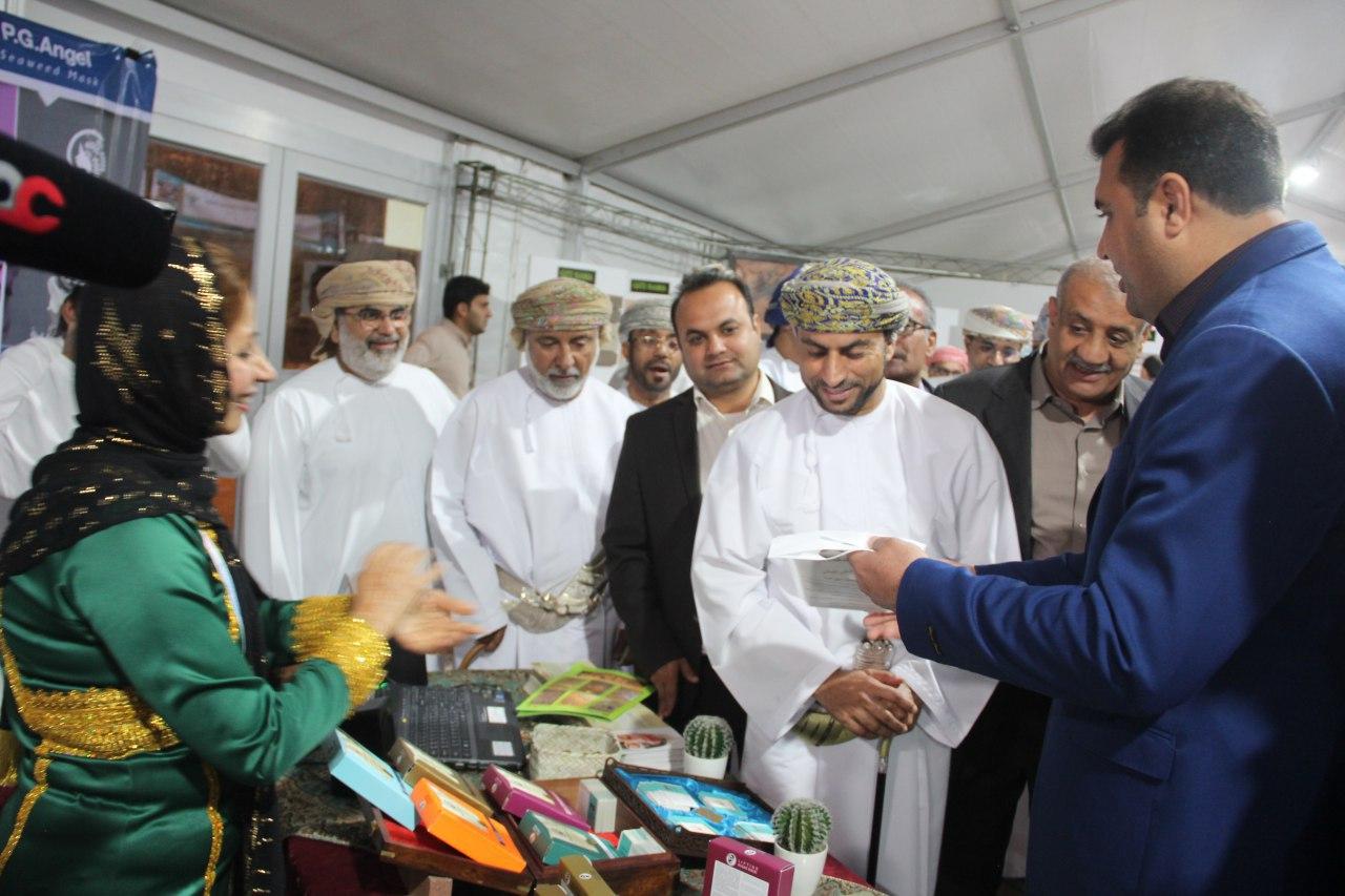 سومین نمایشگاه توانمندی های تولیدی صادراتی هرمزگان در عمان برگزار شد