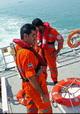 نجات سرنشینان قایق صیادی در جاسک