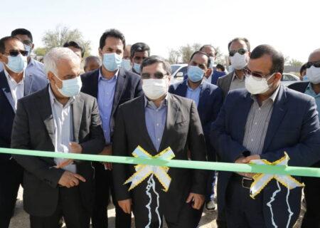 بهره برداری از ۱۴ گلخانه در شهرستان پارسیان